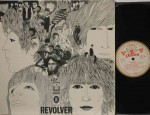 Revolver Odeon label gold band. Matrix A-1 B-1. Record: Mint     Cover: VG++ (little damage on backside) €50 ,-